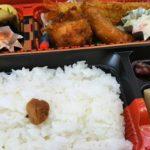 ダイビングとダイビングの合間、海で楽しく美味しいお弁当ヽ(^o^)丿